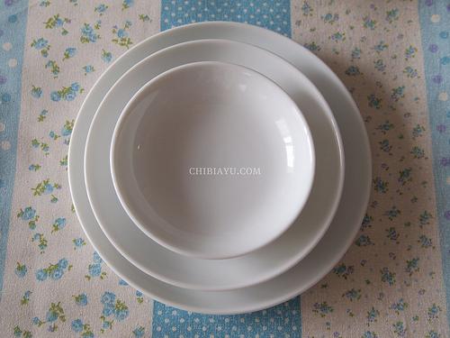 お家カフェが楽しめるプラスマイナスゼロの白い食器