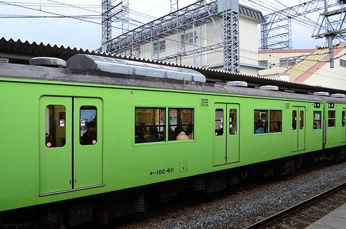 【京都たび】オトナ女子3人 電車待ちのおやつタイム