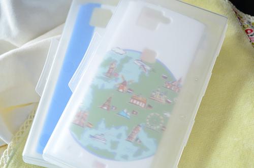スマホケースが届いた。付け外しが簡単!印刷もきれいで大満足