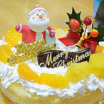かんたん!1時間以内で作れるプロ仕様の手作りクリスマスケーキ